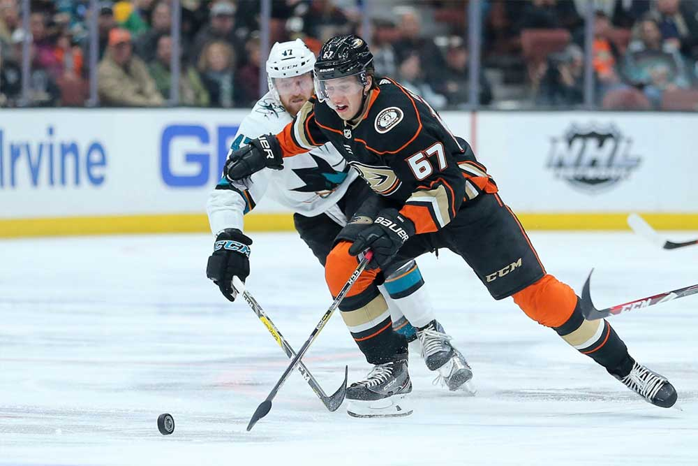 Injury-Ravaged-Anaheim-Ducks-Still-Manage-To-Climb-NHL-Standings
