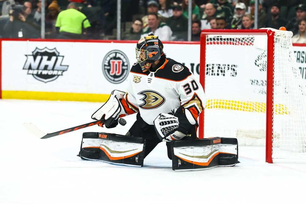Ryan-Miller-Saves-Puck-With-Anaheim-Ducks