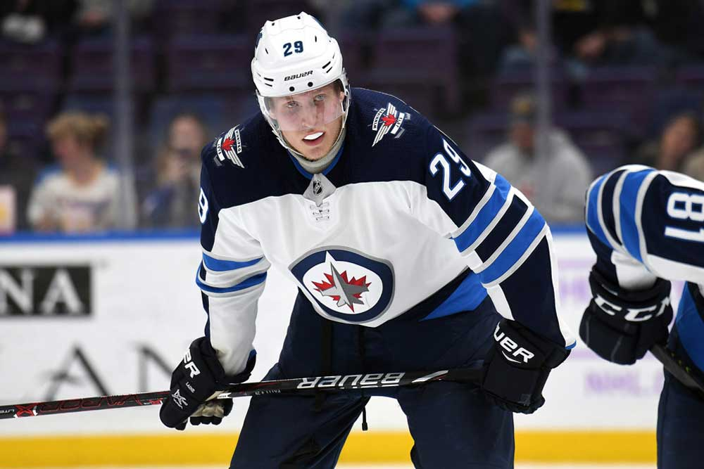 Whats-Wrong-with-Patrik-Laine