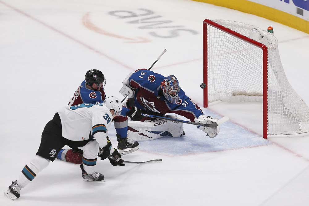 San-Jose-Sharks-Depth-Proving-Too-Much-for-Colorado-Avalanche